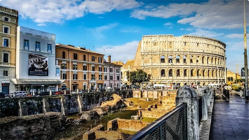 Discovering that Italy has lots in store for travelers could drain you of lots of vacation destination choices, chancing upon an Italy travel guide could possibly be of best aid to enhance your on-the-road experience