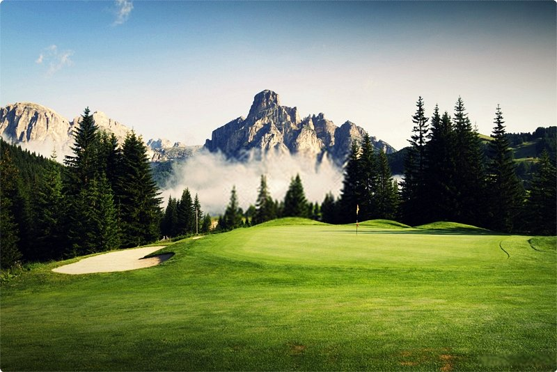 The next phase in planning a golf vacation in Italy is to make a decision where you are likely to stay on your holiday.